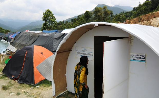 Besides setting up litter bins all over the Dhading camps, our local partner Shanti Nepal swiftly setup free clinic for victims to seek medical attention.