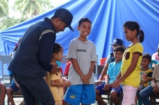 PESAT staff helps children to relieve their post-disaster stress through games